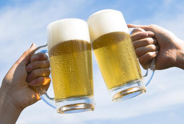ビールでかんぱい
